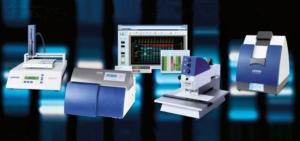 معرفی كروماتوگرافي لايه نازك با عملكرد بالا High Performance Thin Layer Chromatography كروماتوگرافي لايه نازك با عملكرد بالا فرم بهبود يافته كروماتوگرافي لايه نازك مي باشد كه با انجام خودكار مراحل كروماتوگرافي باعث افزايش تفكيك پذيري و اندازگيري كيفي و كمي با دقت و صحت بالاتري مي گردد.